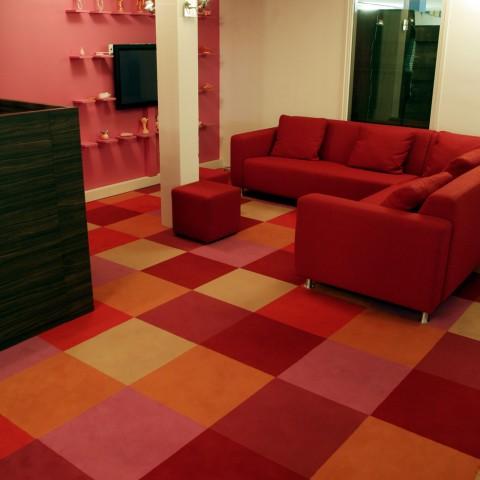 Project in Bilthoven kantoren met tapijttegels. Bekijk al onze voorbeeld projecten nu online!