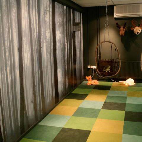 Project in Bilthoven kantoren met tapijttegels.